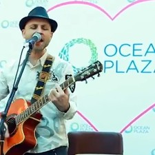 Day of Smiles in Ocean Plaza